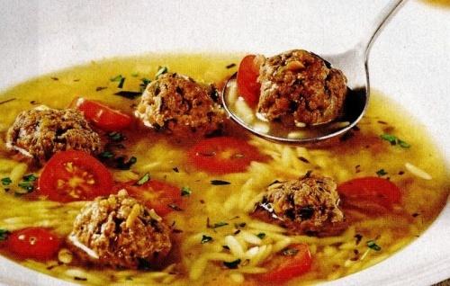 Supă cu perişoare si usturoi