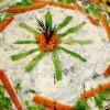 Salată cu varză nouă şi pui