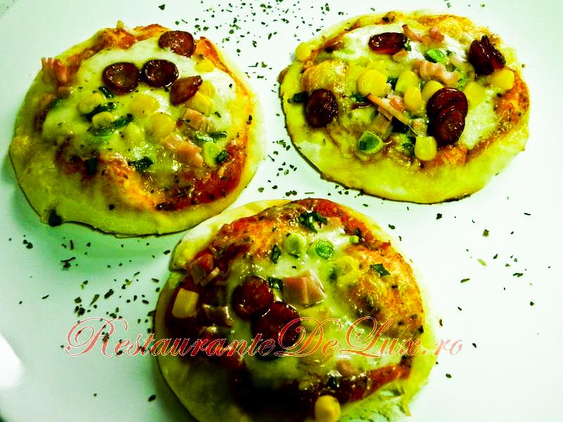 Reteta zilei: Pizza della casa