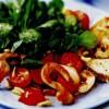 Salata cu mozarella si piper cayenne