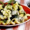 Salata de peste cu macaroane si maioneza
