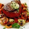 Steak cu verdeaţă şi ciuperci