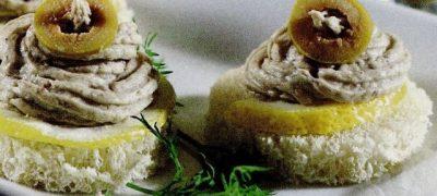 Tartine cu pasta de peste (sardele)