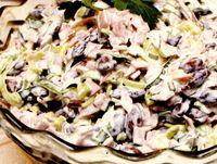 Salata cu sos de iaurt