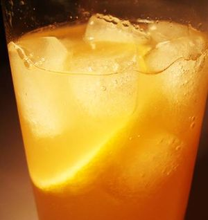 Cocktail Apricot Fizz