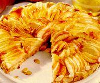 Plăcintă cu mere şi aromă de migdale