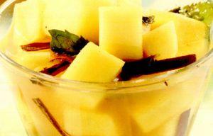 Salată de mango cu tequila şi scorţişoară