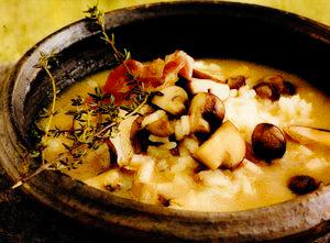 Supa de ciuperci cu orez, costita si parmezan