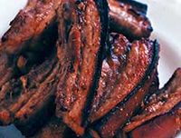 Fleică de porc cu sfeclă roşie în sos dulce acrişor