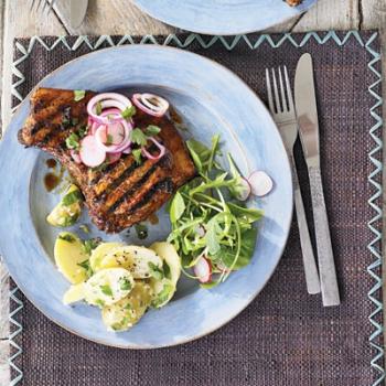 Cotlete de porc, marinate cu lime şi ardei iute
