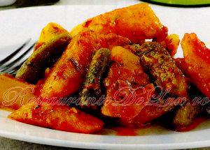 Reteta zilei: Mancare de cartofi cu castraveti murati (retete de post)