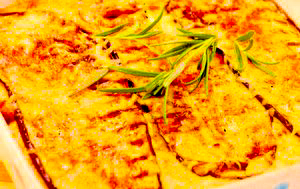 Musaca greceasca cu vinete si cartofi