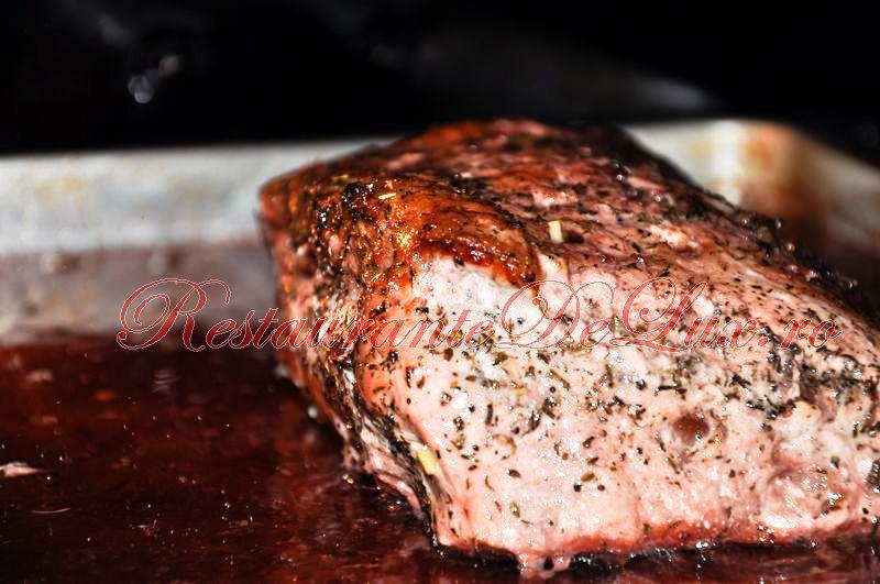Reteta zilei: Muschi de porc la cuptor