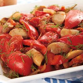 Mâncare de ciuperci cu ardei copţi