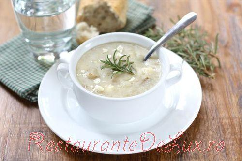 Reteta zilei: Supa de cartofi cu rozmarin