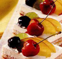 Tort de brânză cu fructe