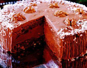Tort de ciocolată cu nuci