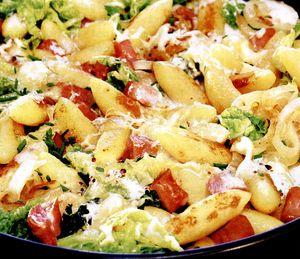 Găluşte din cartofi cu varză si kaizer