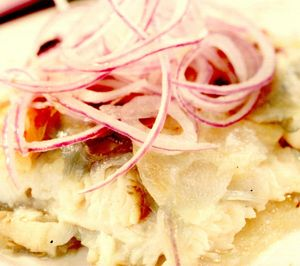Merluciu picant cu cartofi