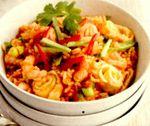 Orez prăjit cu creveţi thailandezi