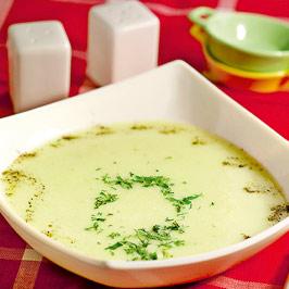 Supă de castraveţi