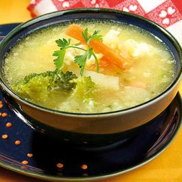 Supă de mazăre galbenă cu broccoli