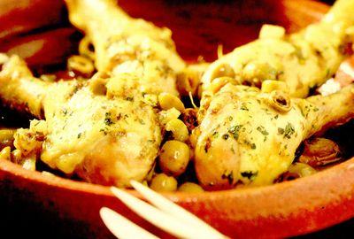 Tajine de pui cu lămâie şi măsline