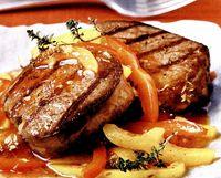 Muschi de vitel cu sos picant de ardei gras