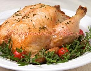 Cincisprezece retete cu pui pentru masa de Paşte