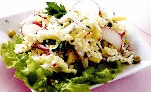 Salata cu cascaval si usturoi