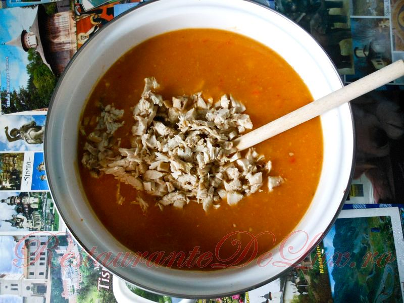 Reteta zilei: Supa crema cu crutoane