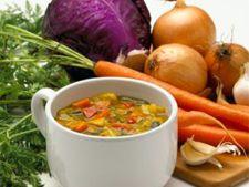 Retete de post: Ciorba de legume si zarzavat
