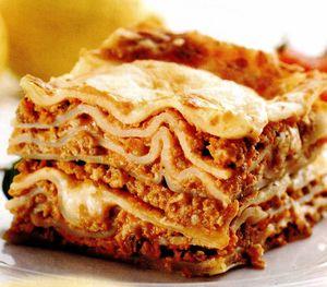 Lasagna apetisanta cu carne tocata