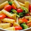 Paste_cu_broccoli_şi_roşii