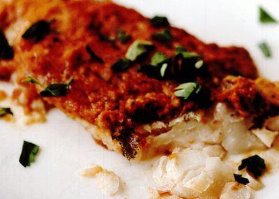 Cod cu sos romesco