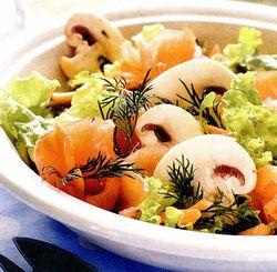 Salata de ciuperci cu somon