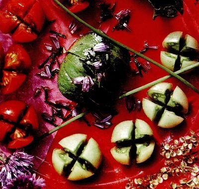 Salată de roşii cu arpagic şi măcriş