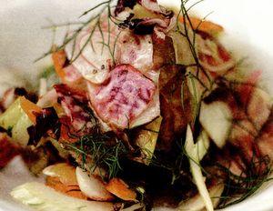 Salată de rădăcinoase