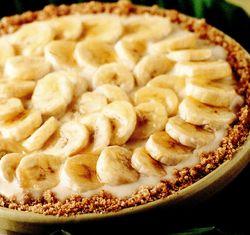 Tartă cu cremă de vanilie si banane