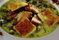 Ciorba de salata verde cu slanina afumata