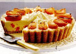 Cheesecake cu ciocolată albă şi caise