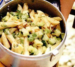 Salată cu pastă de curry