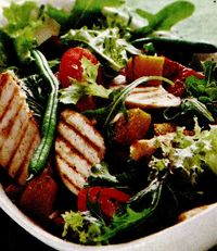 Salată cu pui şi rucola