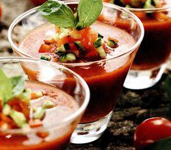 Supa de rosii la pahar