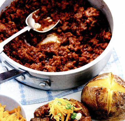 Chilli de curcan şi cartofi copţi