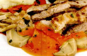 Pulpă de porc cu sos de roşii şi ciuperci