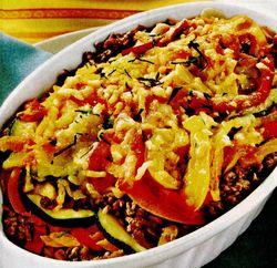Sufleu de legume si carne tocată