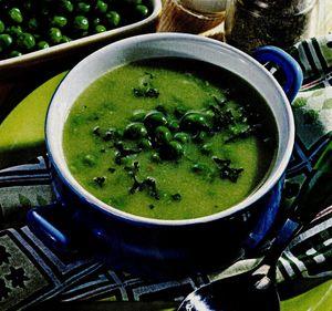 Supă cremă de mazăre cu smantana