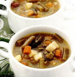 Retete de post: Supă de fasole verde cu mazare