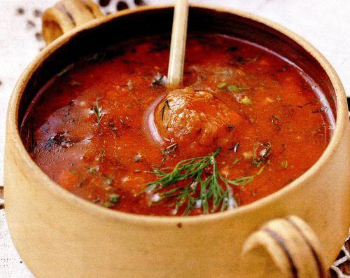Supa de rosii cu perisoare de carne
